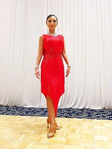 赤のフリンジドレス。。。